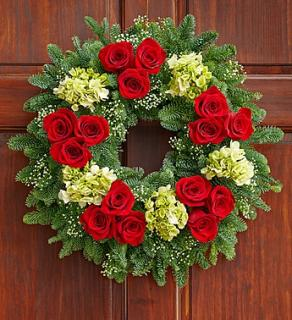 "Everlasting Holiday Wreathâ""¢"